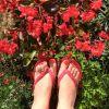 JMT 2015 - Celine a ses doigts de pieds en pétales
